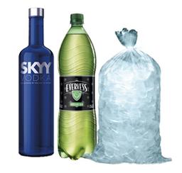 Skyy 750 ml+ Evervess 1.5 lt + Hielo