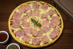 1 Pizza Familiar (8 slices) + 5 Cheese Fingers + Papas Clásicas