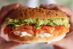 Sándwich Bagelmon