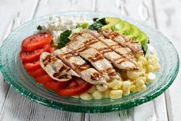 Ensalada Delicia con Filete de Pollo