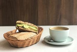 Combo de Sándwich + Café