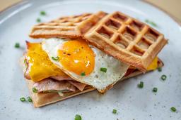 Waffle Club Sándwich