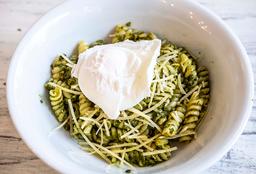 Ensalada Pasta y Pollo al Pesto