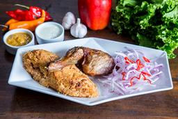 Pollo al cilindro con tacu tacu de frejoles