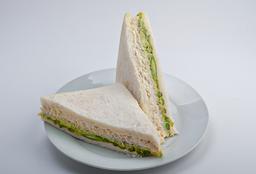 Sándwich Triple de Espárrago