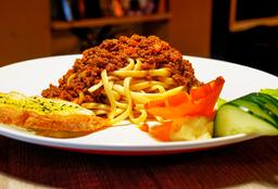 Spaguettis a la Bolognesa
