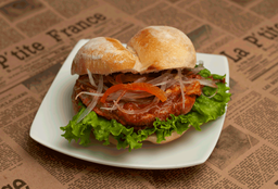 Sándwich Butifarra en Pan Francés