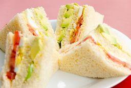 Sándwich de Triple Clásico