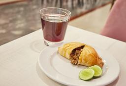 Combo Empanada + Vaso de Chicha