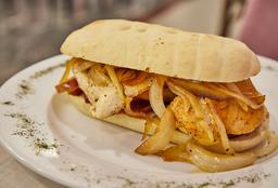 Sándwich de Pollo con Manzana