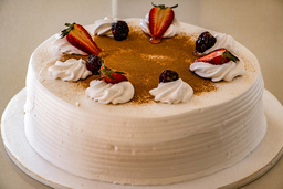 Torta Tres Leches y Manjar