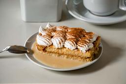 Porción de Torta Tres Leches y Manjar
