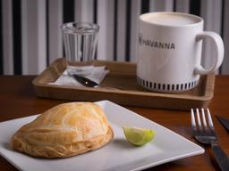 Desayuno 7 Empanada o Triple