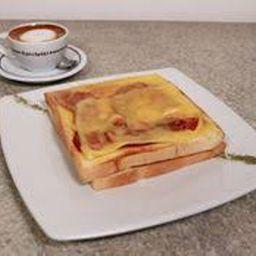 Sándwich de Pollo, Tocino y Queso