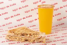 Combo Sándwich Mixto con Pollo