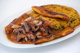 Tacu Tacu con Carne