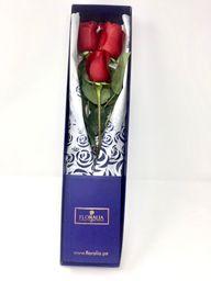 Caja azul - 3 rosas rojas