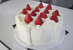 Torta de Fresas (18 Porciones)