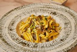 Spaguetti con Albóndigas + Fusilli al Funghi e Panceta