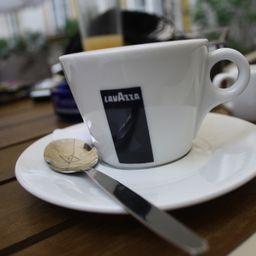 Café Americano Lavazza