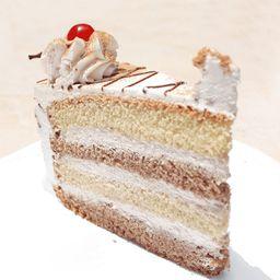 Porción de Torta Arequipeña