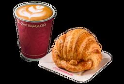 Combo Cappuccino y Croissant de Mantequilla