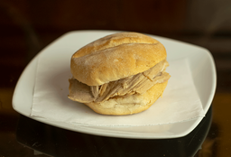 Sándwich de Mechado
