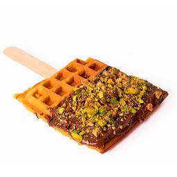Waffle de Vainilla con Chocolate y Pistachos