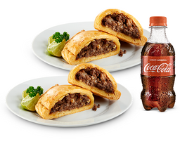 2 Empanadas (Pollo O Carne) + Coca-Cola 300 Ml