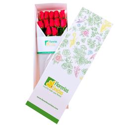 Caja con 12 Rosas