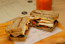 Sandwich Pavo Criollo