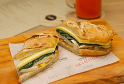 Sándwich Pollo Grillado