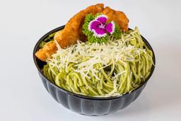 Spaghetti al Pesto con Milanesa