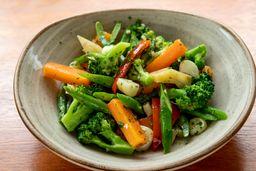 Vegetales al ajo