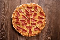 Pizza Peperoni Familiar