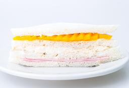 Sándwich Triple de Durazno