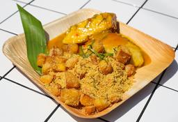 Paiche a la Plancha en Crema de Cocona con Farofa y Madurito
