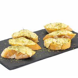 Pan al Ajo con Queso Mozzarella