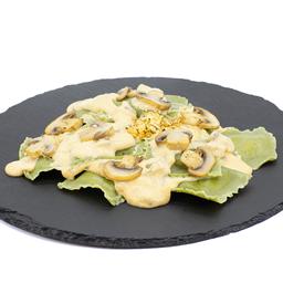 Ravioles en Pasta de Espinaca