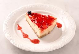 Cheesecake de Vainilla Horneado con Fresas