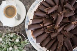 Torta Trufada Mediana Decorada