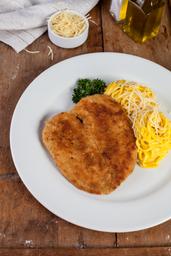 Spaghetti a la Huancaína con Milanesa de Pollo