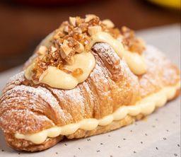 Croissant de Crema Pastelera