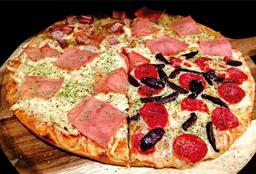 Pizza Cuatro Estaciones Familiar