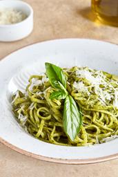 Pasta Lingüini al Pesto