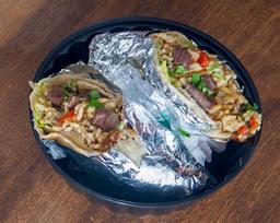 2 Burritos de Lomo Saltado + 2 Chichas