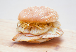 Sándwich Filete de Pollo Hawaiano