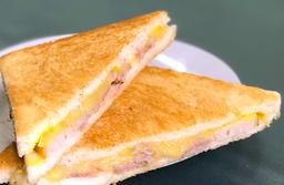 Sándwich Mixto de Jamón de Pierna