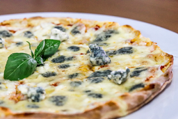 Pizza de Cuatro Formaggi Personal
