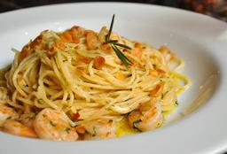 Spaghtetti All'aglio Olio & Gamberetti
